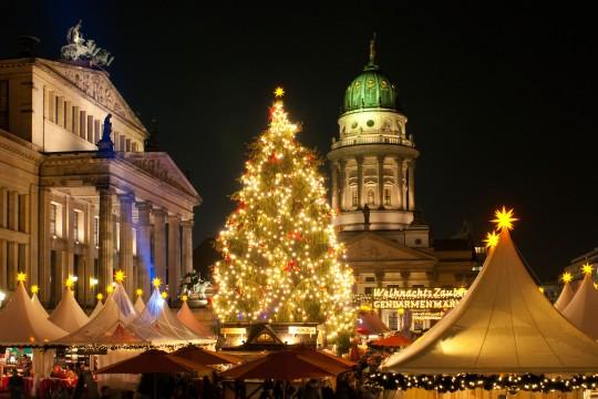 magical christmas markets across europe. Black Bedroom Furniture Sets. Home Design Ideas