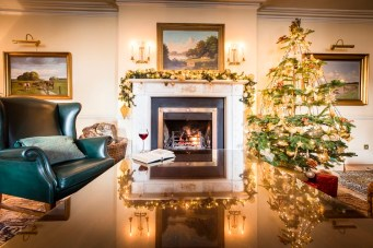 christmas-at-sheen-falls-lodge-drawing-room