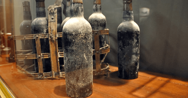 Tasting The Past: The 100 Year Old Port