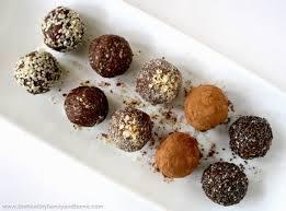 cracked-nut-1