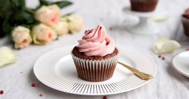 Dark Chocolate, Raspberry and Pink Peppercorn Cupcake Recipe