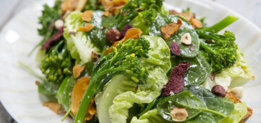Broccoli, Baby Gem & Vegetable Crisp salad recipe