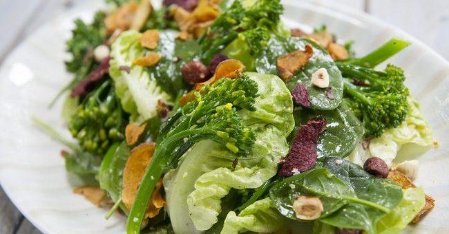 Broccoli, Baby Gem & Vegetable Crisp salad recipe