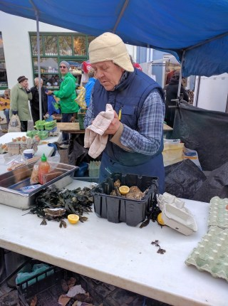 Galway Food Festival Michael shucking oysters at the market