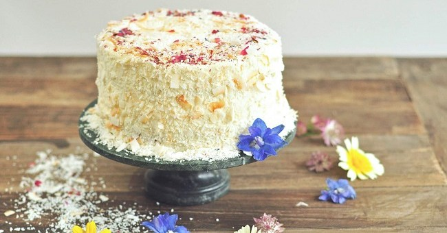 Pineapple and Coconut Cake The Flour Artist