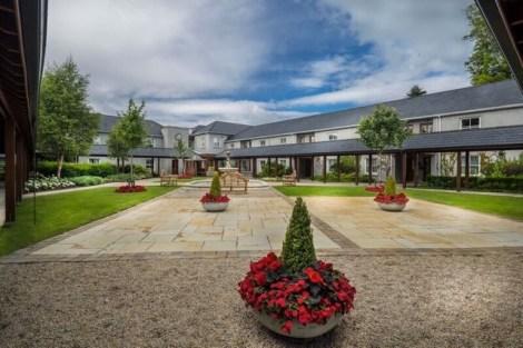 Ashford Lodge Courtyard