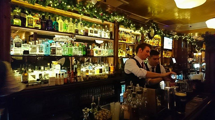 Where Old School Pints and Trendy G&T Globes Clink - Chambers Bar Review