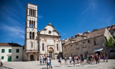 Hvar_01_Plaza_Church