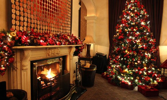 Shelbourne_Christmas_fireside