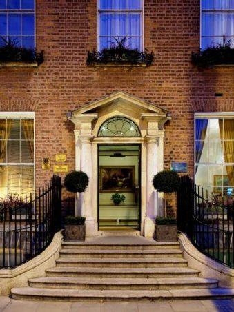 The-Merrion-Dublin-Evening-External-Shot-2-940-wplok