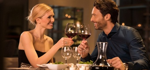 How to Win at Choosing Wine on a Date – A Sommelier's Guide to Do's and Don'ts