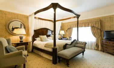 Keadeen Hotel Bedroom 3