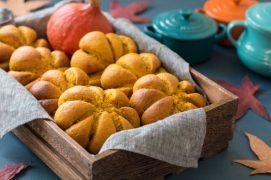 Healthy-Pumpkin-Bread-Rolls-landscape-768x512
