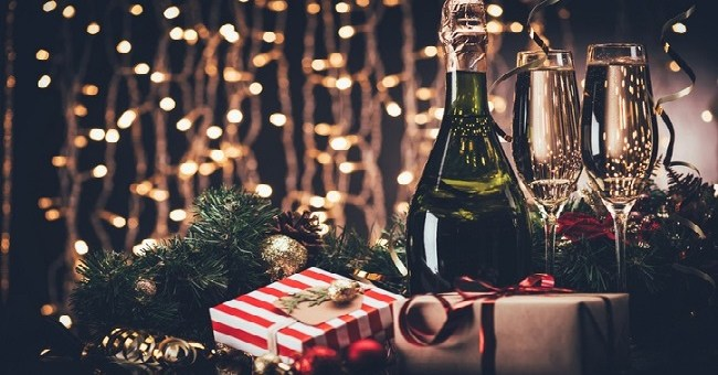 Christmas Gifts For Wine Lovers.Christmas Cheers Luxury Gifts For Wine Lovers Perfect For