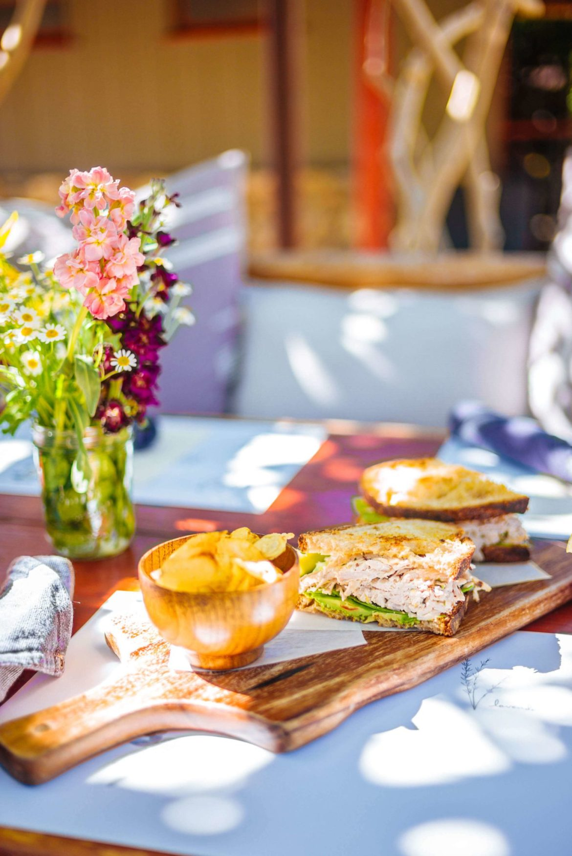 Visit the Barn Kitchen at Sparrows Lodge in Palm Springs for the best lunch under the orange trees and this perfect chicken salad sandwich for lunch, thetasteedit #hotel #salad #palmsprings #travel