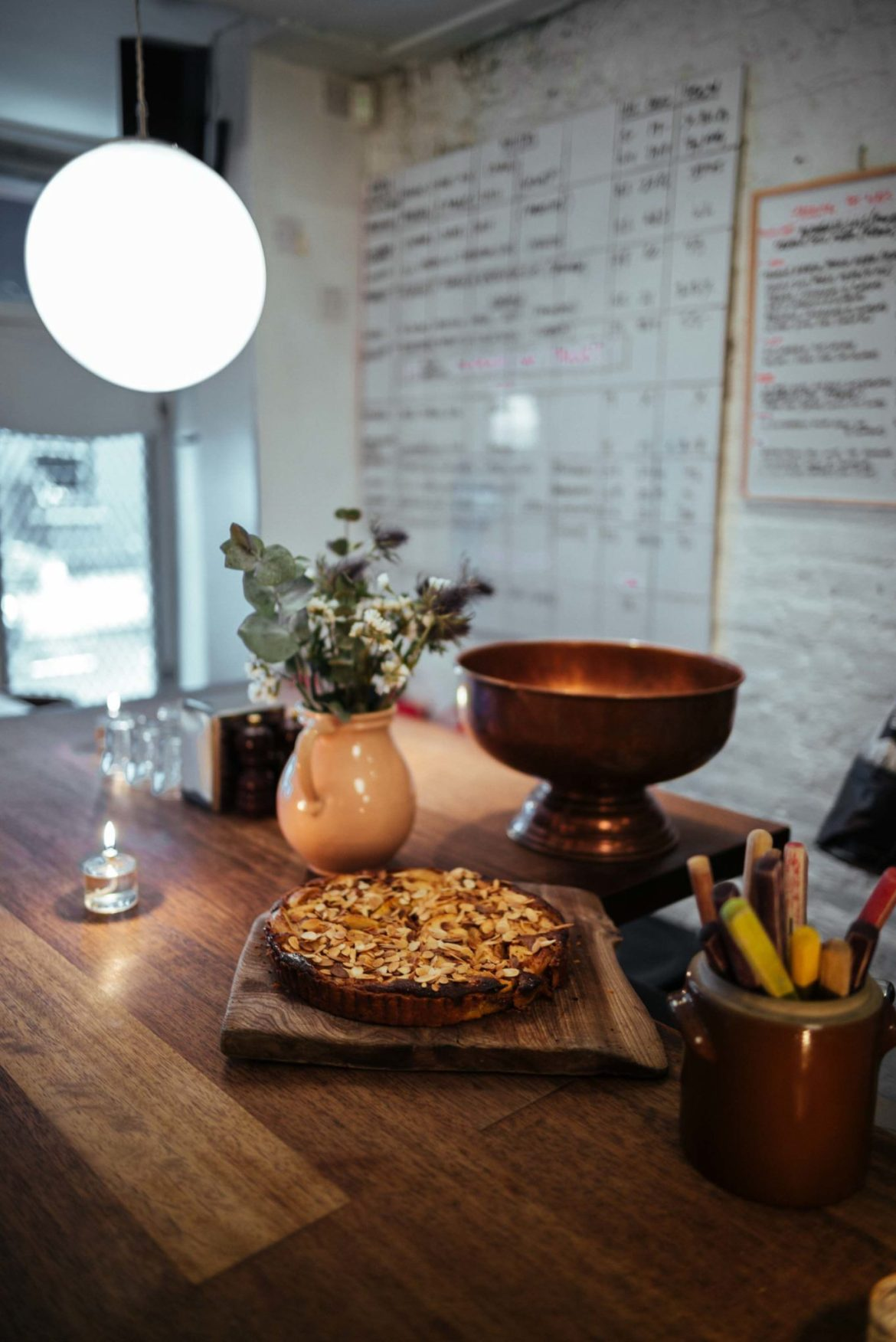 The Taste Edit recommends trying the seasonal tart at Ducksoup, one of the best restaurant in London serving a long list of natural wines.