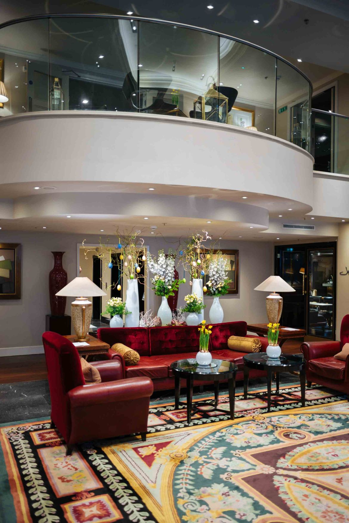 The Taste Edit culinary travel bloggers and photographers recommends when in London, stay at the Sofitel London St. James, one of the best luxury hotels in London with welcoming staff #travel #london #hotel