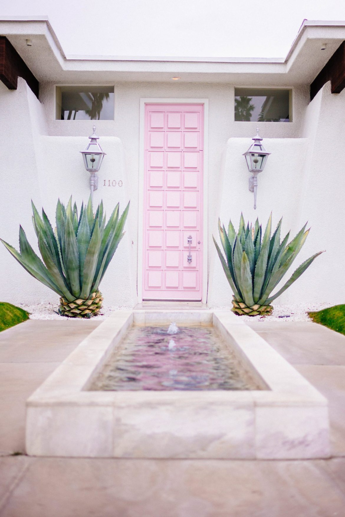 The Taste Edit takes you behind the Instagram photo sensation That Pink Door in Palm Springs. Explore the interior decor in this mid-century Palm Springs house.