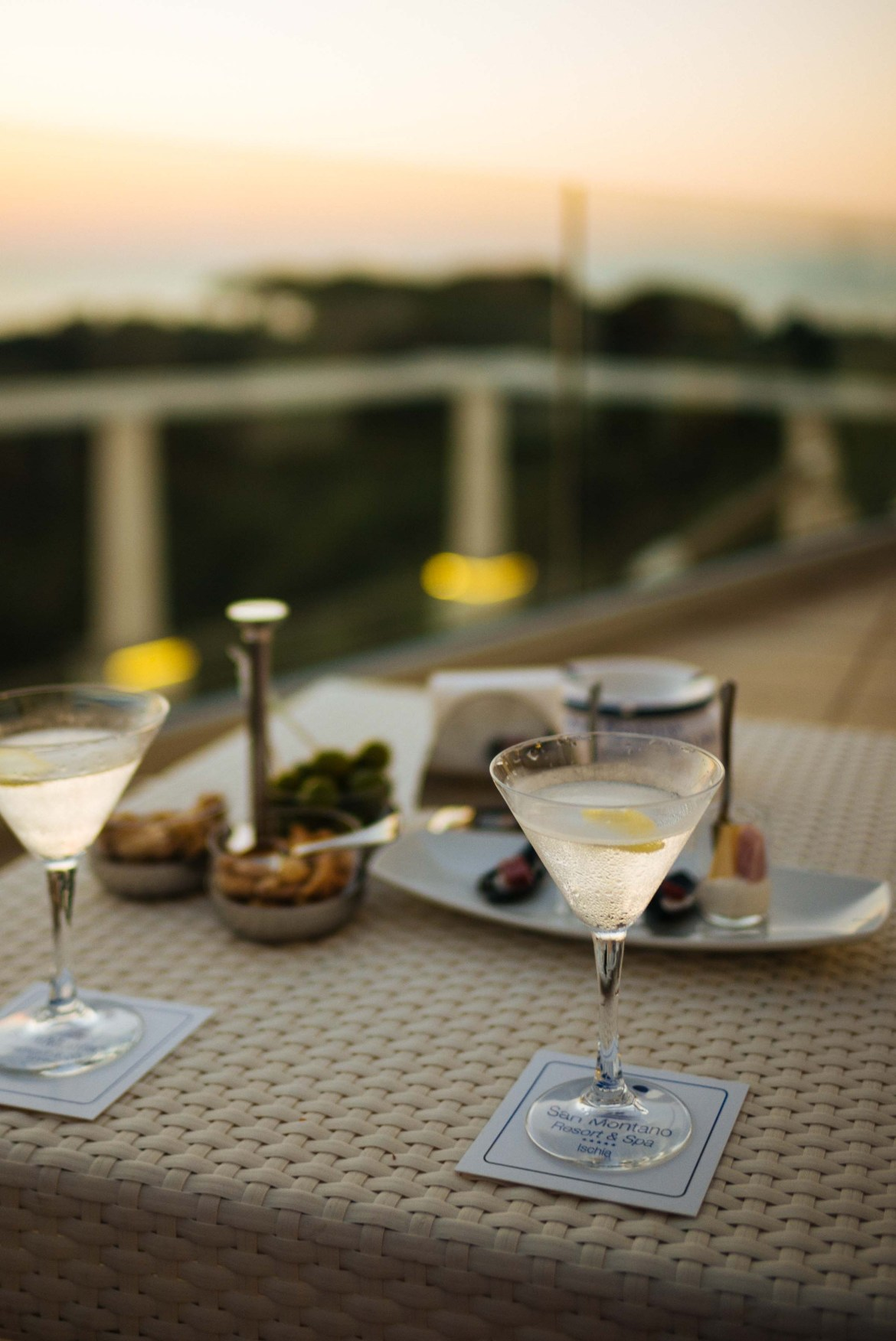 Cocktails or gin martinis before dinner in Ischia is the perfect way to start a summer   thetasteedit.com #italy #travel #gin #martini