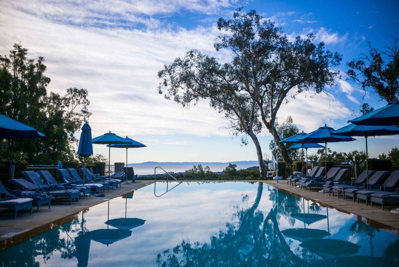 Infinity Pool at Santa Barbara Hotel Bellmond El Encanto | thetasteedit.com