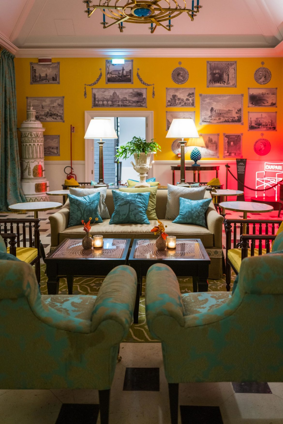 Order a cocktail at Julep Herbal & Vermouth Bar at Rocco Forte's Hotel de la Ville Rome - The Taste Edit #rome #hotel #decor #travel