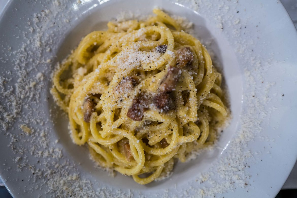 Know the famous Roman pasta to order. Don't miss the Carbonara at Roscioli in Rome, The Taste Edit #italy #pasta #carbonara
