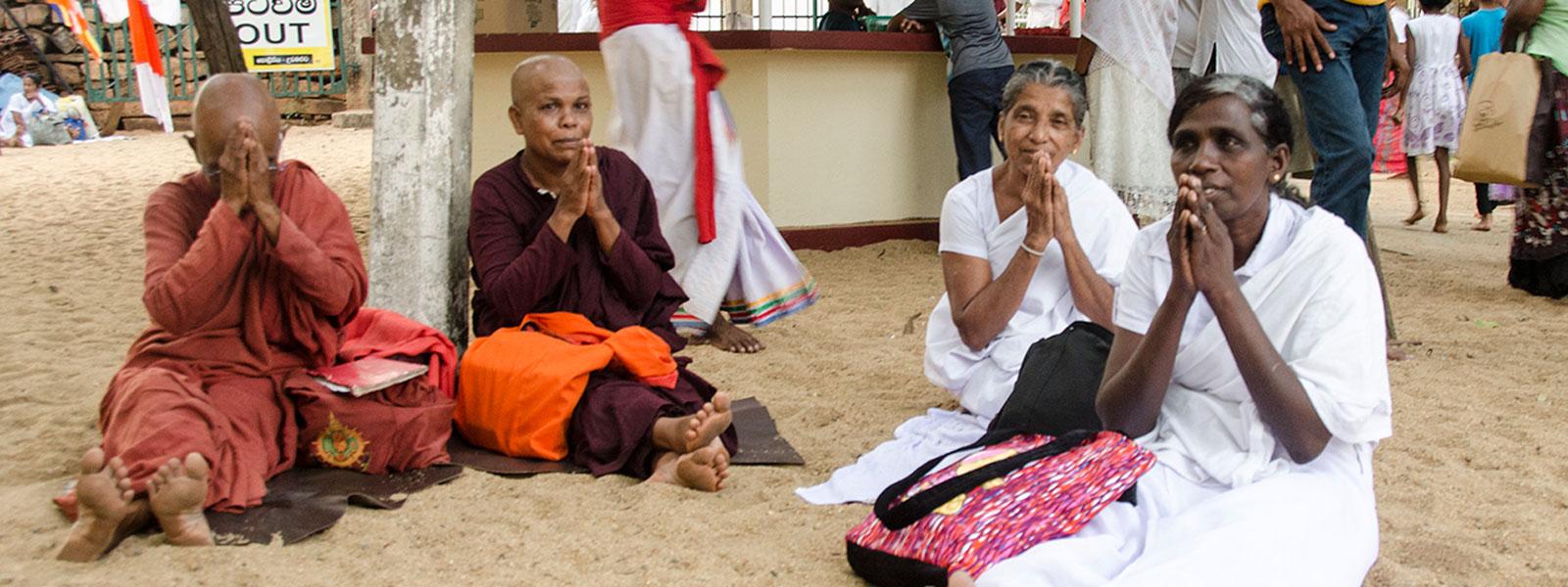 Lankijska etykieta czyli rady, zasady i zwyczaje obowiązujące na Sri lance