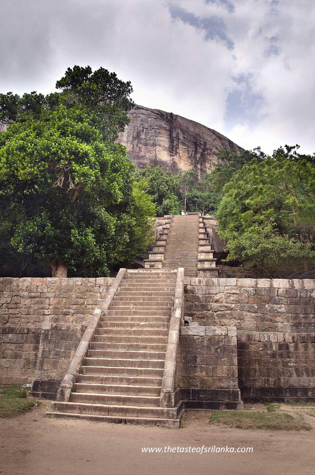 Yapahuwa, Schody do Swiątyni Zęba