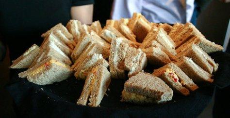 Zoes Kitchen Sandwich Plate