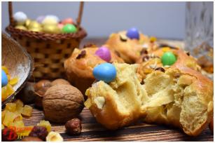 Hazelnut Easter Loaf with Sesame Oil - Tasty Game