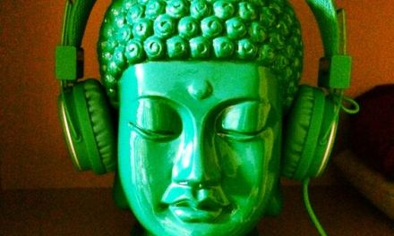 4 Ways to Explore Buddhism in Everyday Life