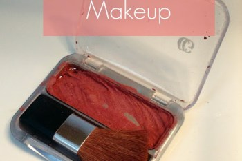 How to Fix Broken Powder Makeup