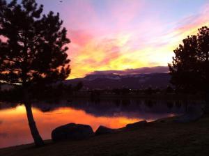 Sunset Walk Vintage Lake 11.19.15