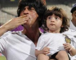 Abram Khan Wiki, Biography, Age, Father, Mother, Brother, Sister, Family