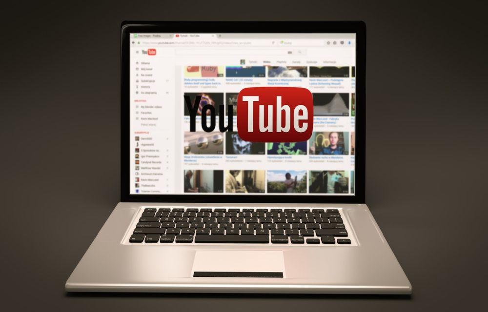 dark mode on youtube chrome