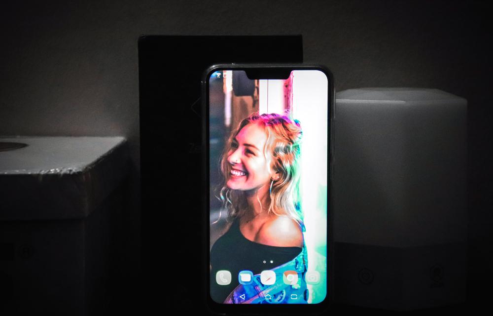 Asus Zenfone 5Z Display