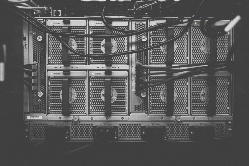 Microservices and Monolithic Architecture - A Guide