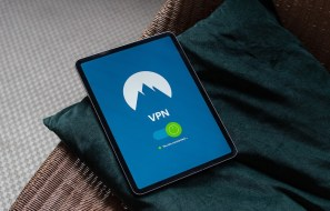 Do you need VPN on iOS? The reasons you must know