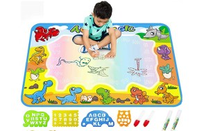 AquaDoodle Drawing Mat will make your kids fall in love with water painting for just $19.9