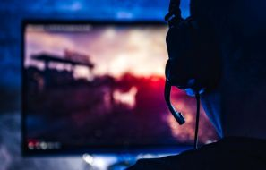 3 Essential Money-Saving Tips That New Gamers Should Be Aware Of