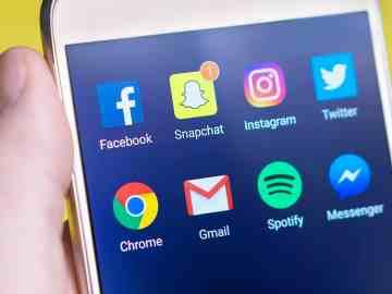 social media business strategy