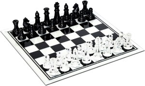 Black and Clear Glass Chess Set