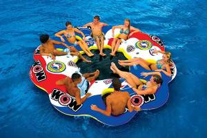 10 Best Inflatable Floating Islands of 2020 – Water Sports Innovation