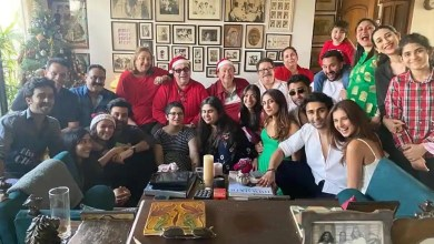 Inside Kapoors' Christmas lunch: Ranbir Kapoor wraps arm around Alia Bhatt, Saif Ali Khan hoists Taimur onto his shoulders – bollywood