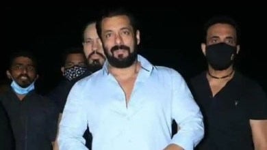 Salman Khan says he has 'no desire' to celebrate his birthday this year, cuts a cake at midnight. See pics – bollywood