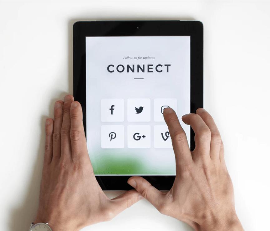 4 Reasons to Select a Social Media Marketing Agency in Toronto