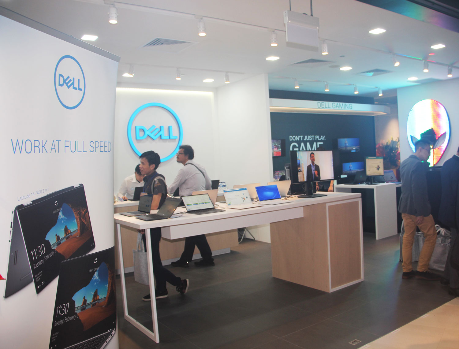New Dell store opening at Funan mall