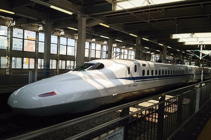 India's 1st High-Speed Bullet Train From Japan to Begin Construction in 2018