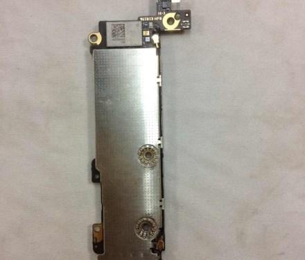 New Photos of iPhone 5C Internal Parts
