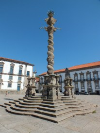 Pillory in front of the cathedral